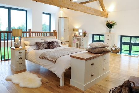 Tips To Paint Pine Furniture White