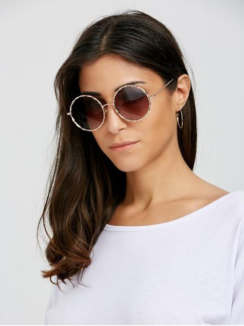 Wavy Metallic Frame Leg Ombre Round Sunglasses