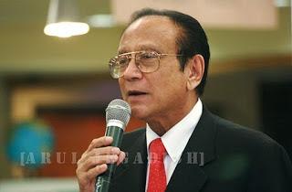 Dr. Mani  lal Bhaumik Image
