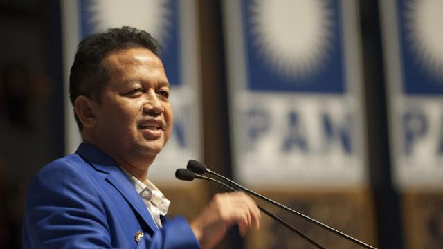 Soetrisno Bachir 'Nyebrang' ke Jokowi, Amien Rais: Enggak Pengaruh