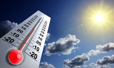 الطقس حاراً نسبياً ويطرأ ارتفاع على درجات الحرارة لتصبح أعلى من معدلها السنوي العام بحدود 3