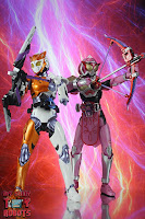 S.H. Figuarts Kamen Rider Valkyrie Rushing Cheetah 31S.H. Figuarts Kamen Rider Valkyrie Rushing Cheetah 54