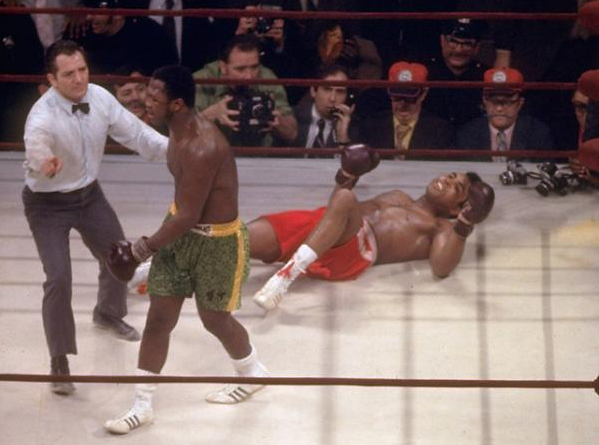 a comparison of muhammad ali and joe frazier Buy joe frazier vs muhammad ali fight of the century photo (size: 8 x 10): prints & posters - amazoncom free delivery possible on eligible purchases.