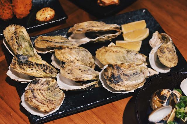 雖然現在已過澎湖生蠔的產季,不過蔦燒照樣提供如此鮮物,滿滿20顆擺一盤。