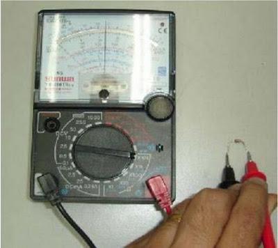 Cara Mengukur dan Menguji Komponen Dioda Zener dengan avometer analog