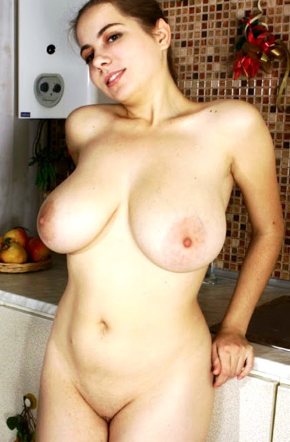 Фото эротики http://eroticaxxx.ru/ голые сиси 18+, сиськи девушек, сисек фото, большие сиси, голая грудь, красивые сиськи