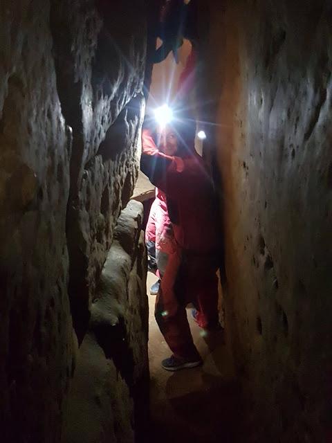 Caving under Budapest, Matyas-Hegy Caves