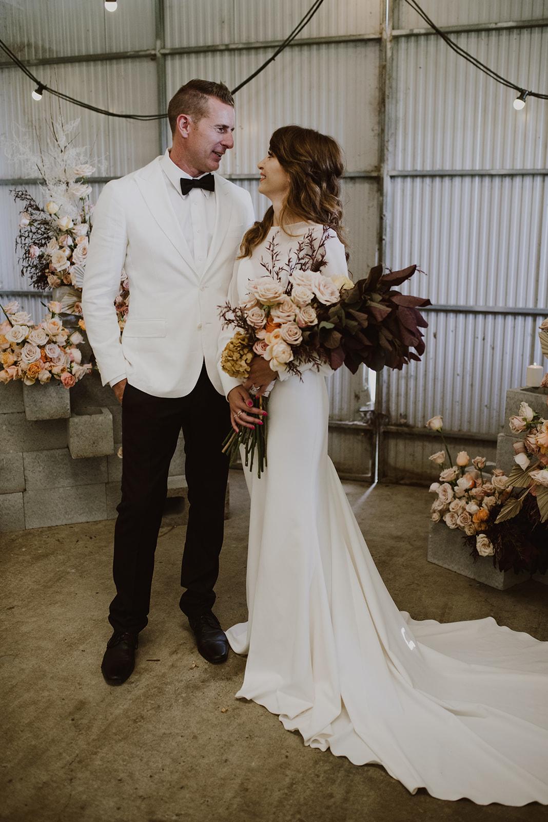leah cruikshank photography scenic rim weddings karen willis holmes bridal gowns venue