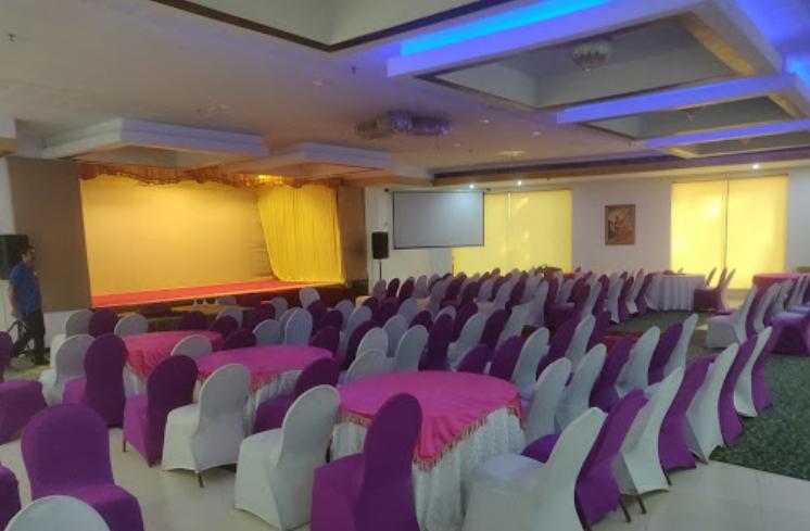 Hill Palace Hotel and Banquet Hall Trippuniuthura Ernakulam
