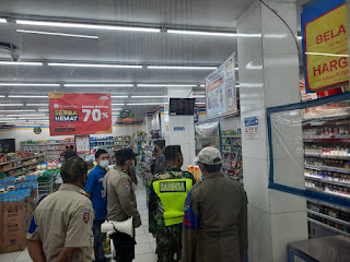 Pendisiplinan Prokes, Polres Pelabuhan Makassar bersama Intansi terkait Patroli Gabungan