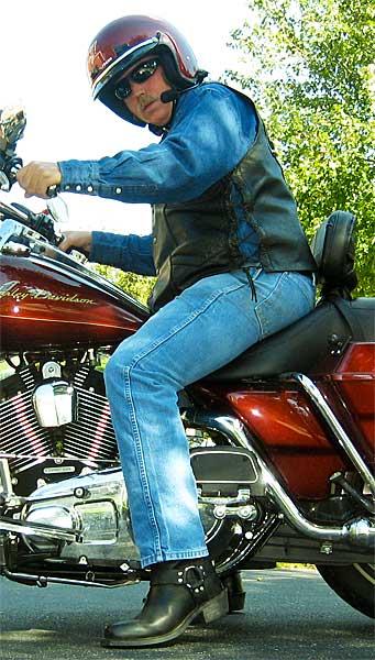 Bhd S Musings What Footwear Do Guys Wear On A Motorcycle