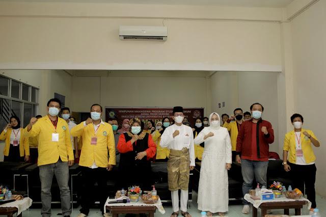 Hadiri Mubes Himpunan Mahasiswa Prodi Hukum Uniba, Amsakar : Buat Program Kerja Yang Memberikan Nilai Tambah