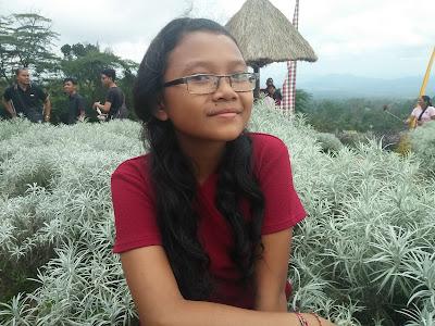 Ni Komang Friska Pradnya yanti di  taman Jinja Bali