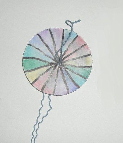 懐かしいぶんぶんごまの作り方と遊び方と注意事項,How to make the nostalgic Paper Spinner and how to play with it and notice,值得怀念的ぶんぶんごま的作法和玩法和注意点