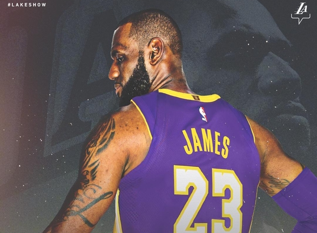 Los Lakers oficializan la llegada de LeBron James