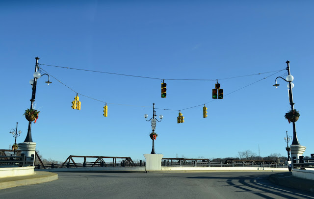 Y-міст, Занесвіль, Огайо (Y-Bridge, Zanesville, Ohio)