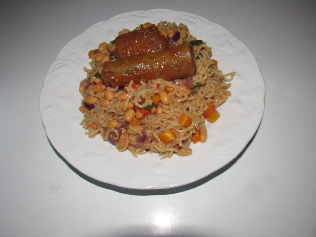 Indomi noodles serving