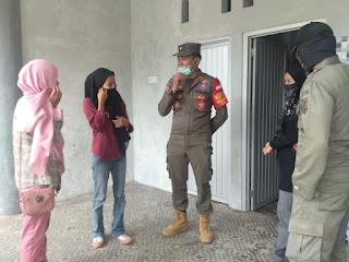 Satgas Covid-19 Kota Jambi Lakukan Razia Masker di Ruang Terbuka Hijau Taman Anggrek Telanai