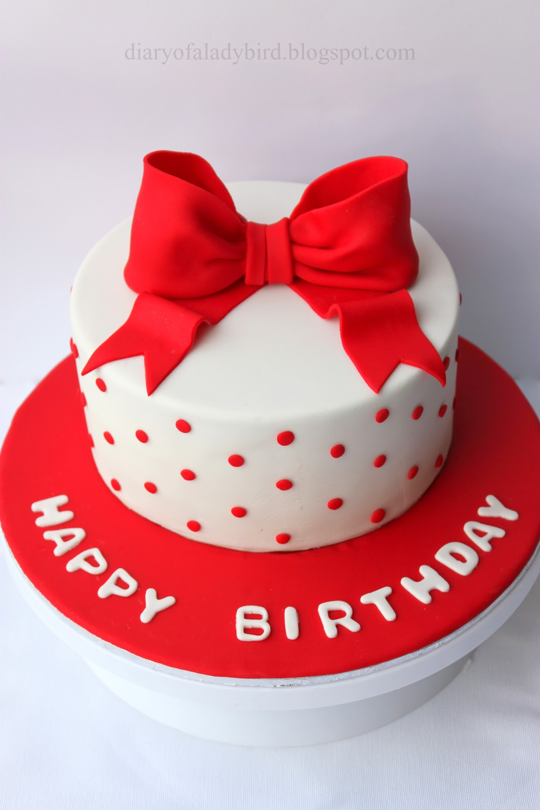 Diary Of A Ladybird The Joy Of Creating Birthday Cakes