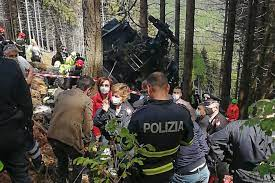 Latest Update : Carabinieri [MP] detained three persons after night interrogations in the case launched after the cable car crash that resulted in 14 fatalities
