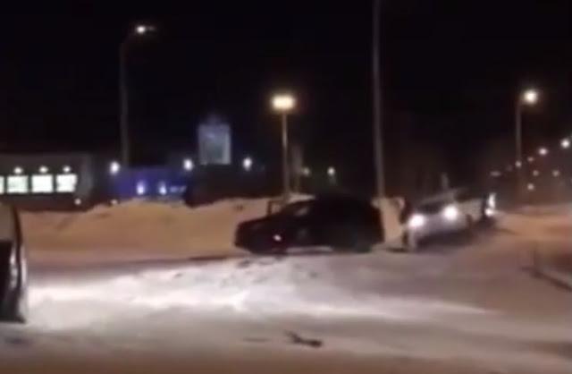 Уфимка застала мужа с любовницей и протаранила его машину