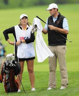 Scottie Schefflers Wife Meredith Scudder On Caddie Duty