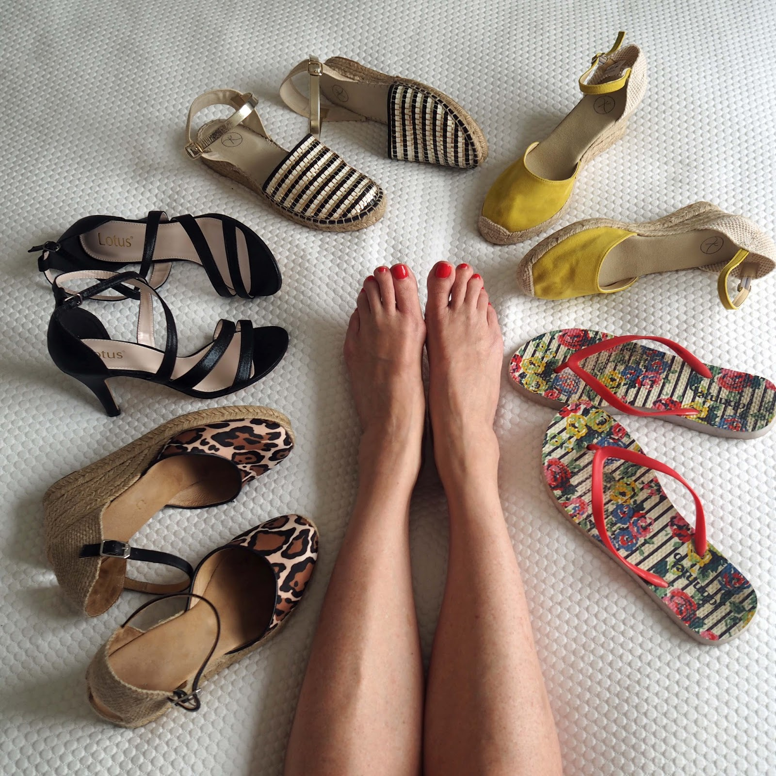 Nerja-holiday-packing-shoes