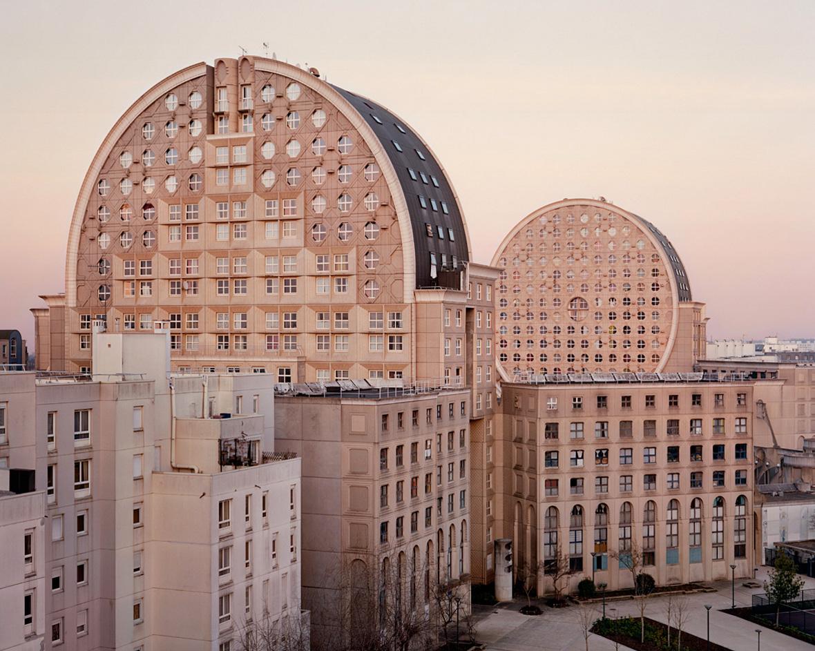 one-more-good-one-onemoregoodone-architecture-photography-laurent-kronetal-souvenirs-d'un-futur-grands-ensembles-france