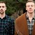 """Perto de voltar ao seu reinado, Macklemore & Ryan Lewis liberam a deliciosa """"Spoons"""" e a tracklist completa do seu novo álbum"""