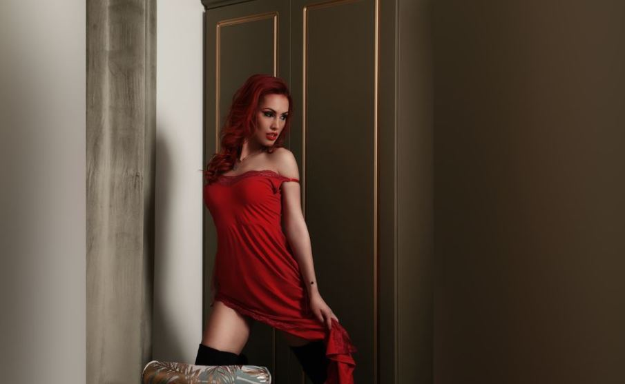 AneeVelvet Model GlamourCams