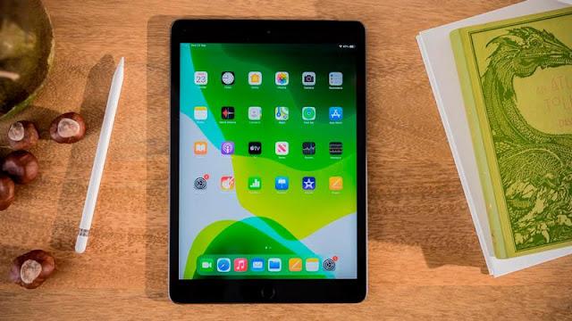 4. Apple iPad 10.2in (2020)