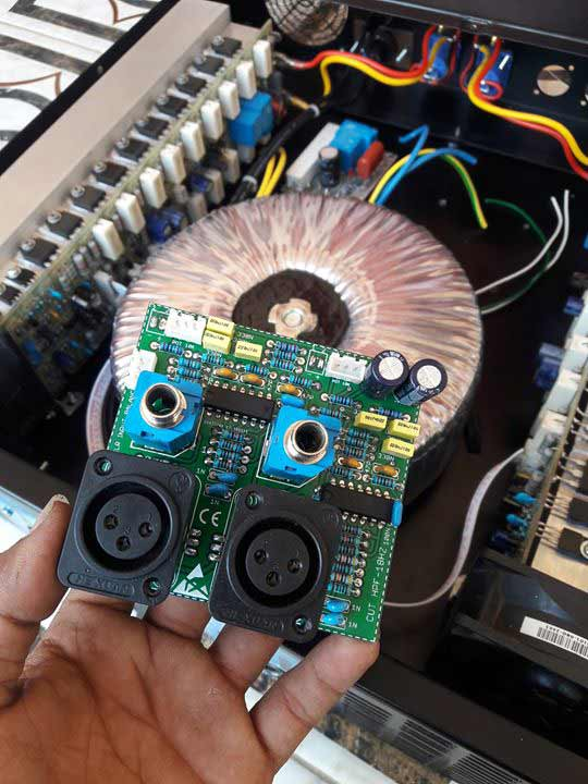 fungsi rangkaian input balance pada power amplifier