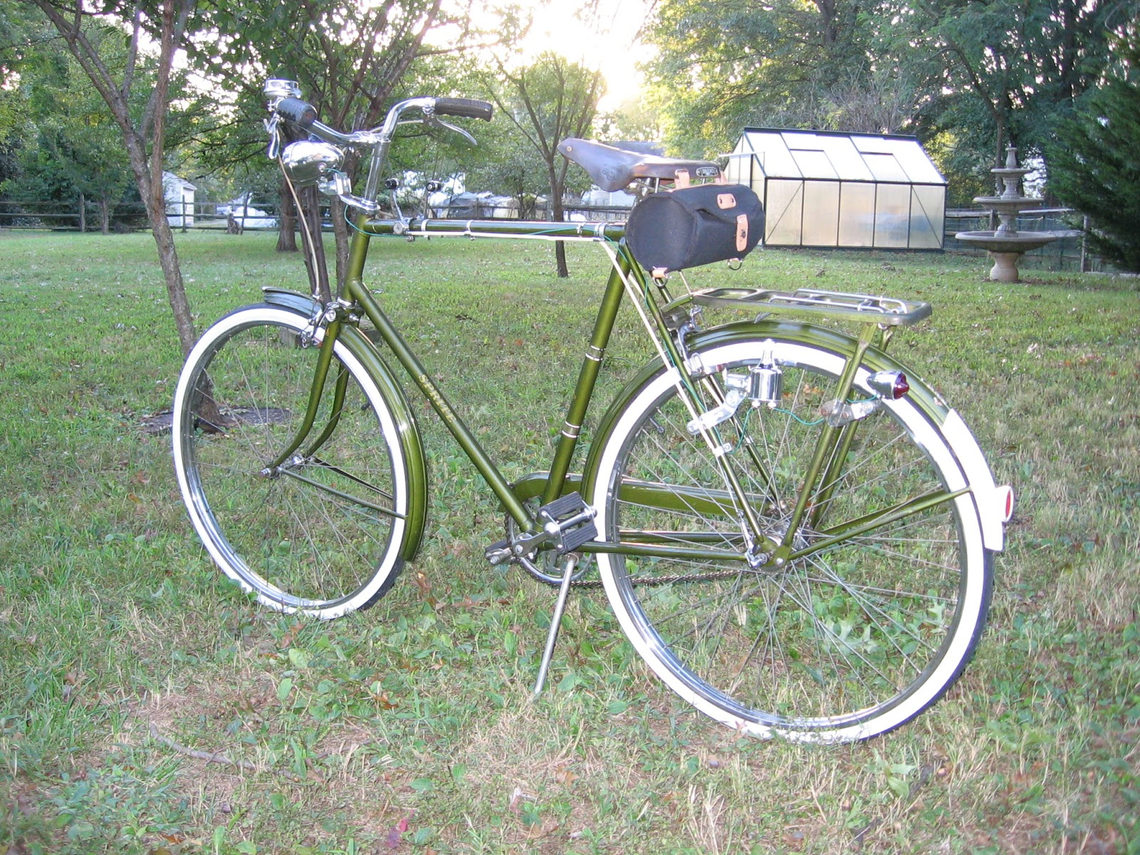 The Bike Shed: 1970 Raleigh Sprite 5 Speed Continued