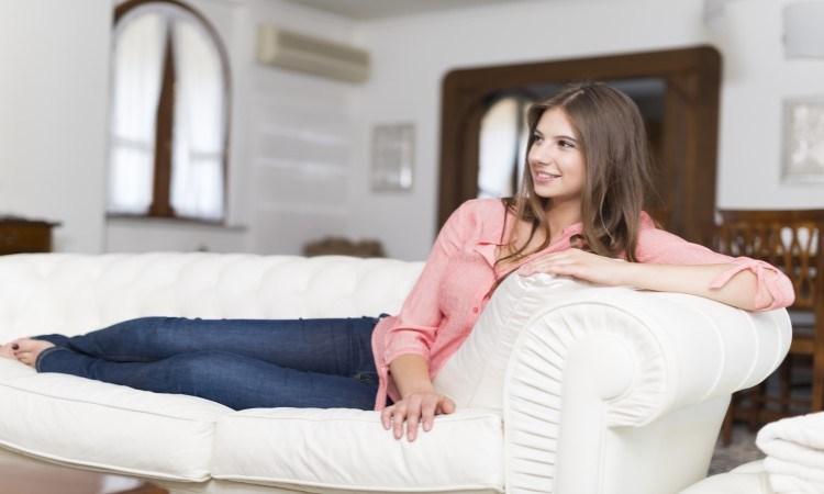 Jasa Cuci Sofa Kampung Rawa, Percayakan Masalah Sofa Anda Pada Ahli-Nya
