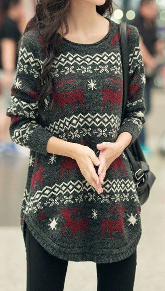 winter outfit idea : printed sweater dress + bag + skinnies