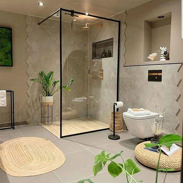 Basic Tips for Bathroom Decoration
