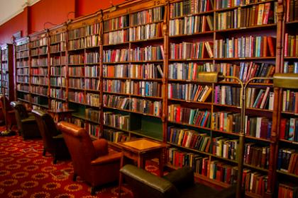 4 Langkah Praktis Membuat Daftar Buku Yang Akan Dijadikan Koleksi Perpustakaan Sekolah