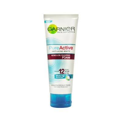 Pencuci muka Garnier Pure Active Anti-Acne White Multi Action Foam