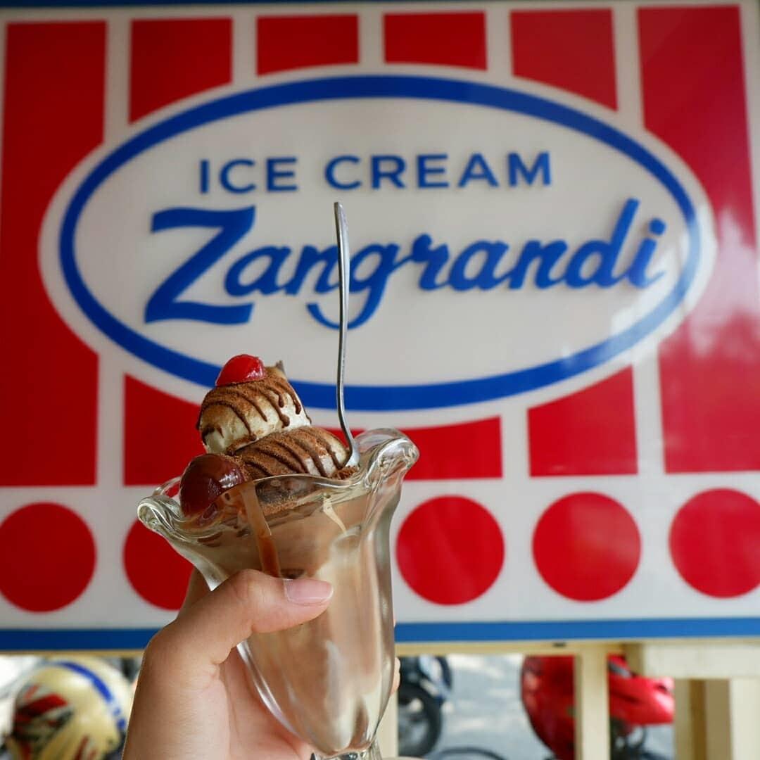 Wisata Kuliner Ice Cream Zangrandi Surabaya
