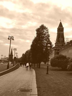 Прием адвокатами в Правительстве Московской области в апреле 2021 года