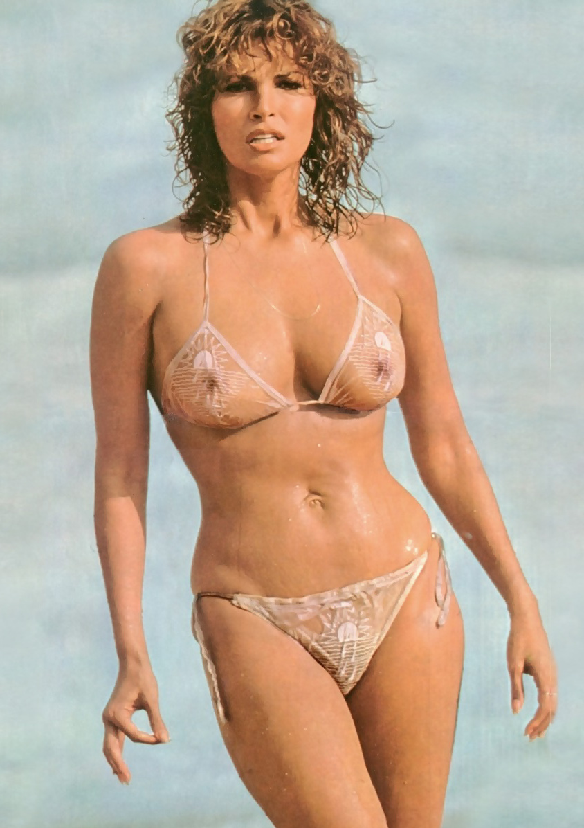 Naked photos of raquel welch — pic 6