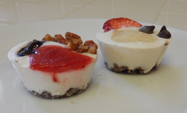 Shellys%2BFrozen%2BFaux%2BCheesecake%2BBites%2B2 Weight Loss Recipes Healthy Snacks: Frozen Faux Cheesecake Bites