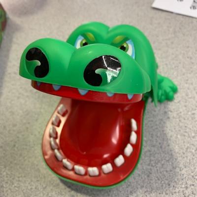 alligator sight word game