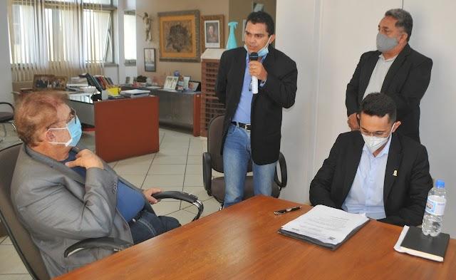 Prefeito Mão Santa nomeia definitivamente Fabrício Conceição como Chefe de Gabinete da Prefeitura de Parnaíba