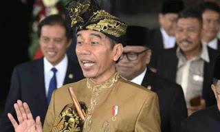 Jokowi tidak menaikkan gaji PNS 2020