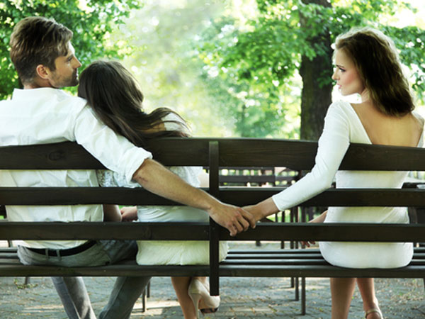 7 Warnings To Consider With Opposite Sex Friendships | Islamic Girls Guide