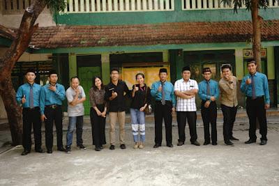Dosen dan Mahasiswa Komunikasi Unitri Mengadakan Pelatihan di MA RM