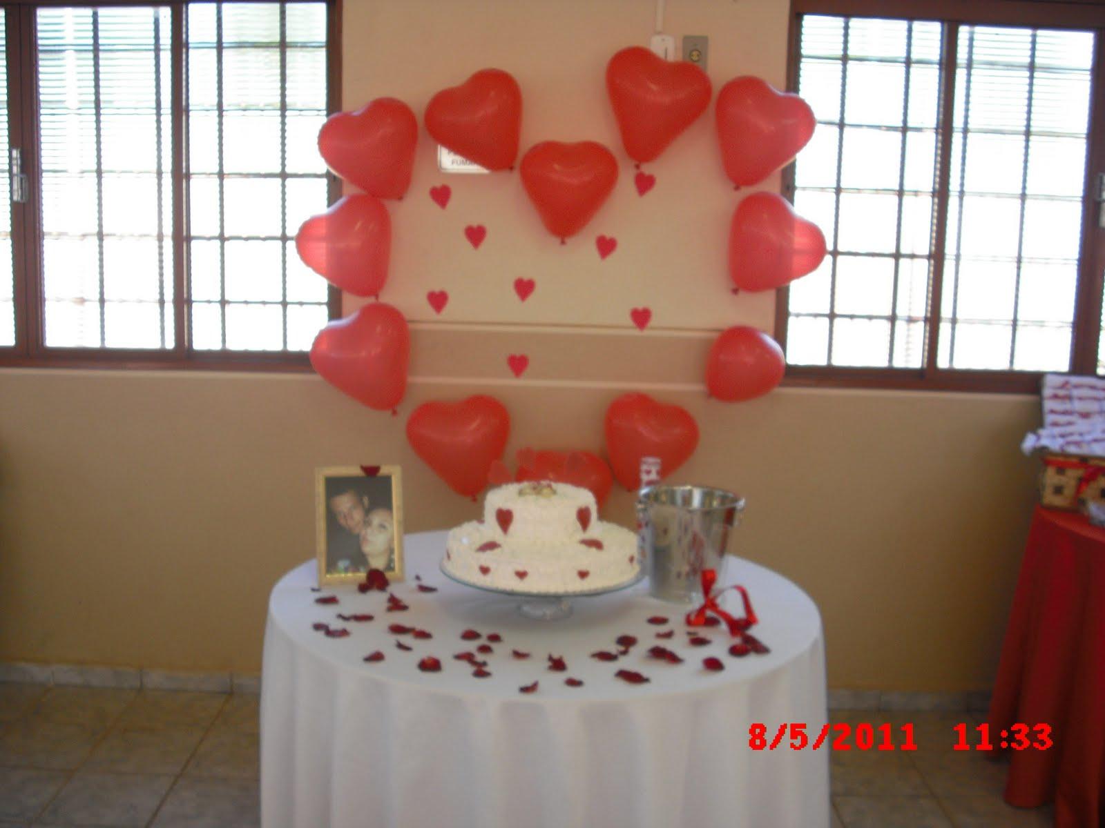 Nasce uma Noiva Noivado Decoraç u00e3o -> Decoracao De Tnt Casamento