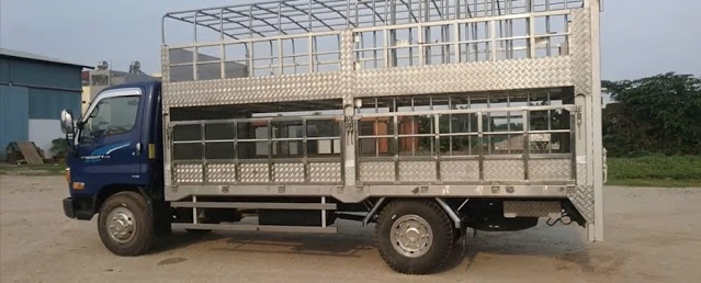 Hyundai 75s thùng chở gia súc lợn heo