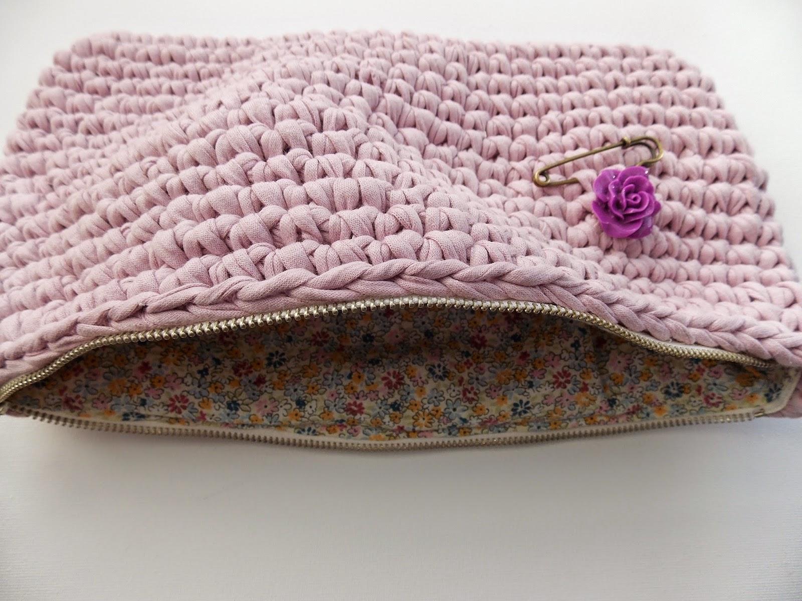 Tutorial bolso de mano de trapillo la cajita de ma for Bolsos de crochet de trapillo